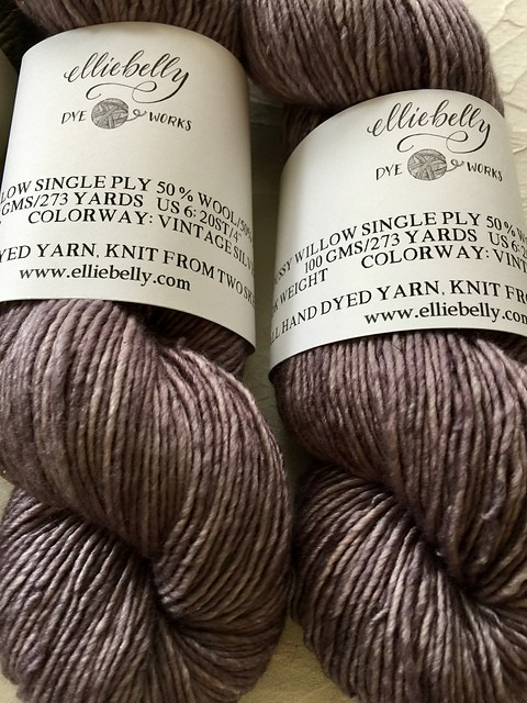 Elliebelly's Pussy Willow in the Vintage Silver Colorway